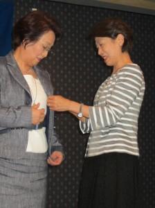 嶋崎会長、金川新会長